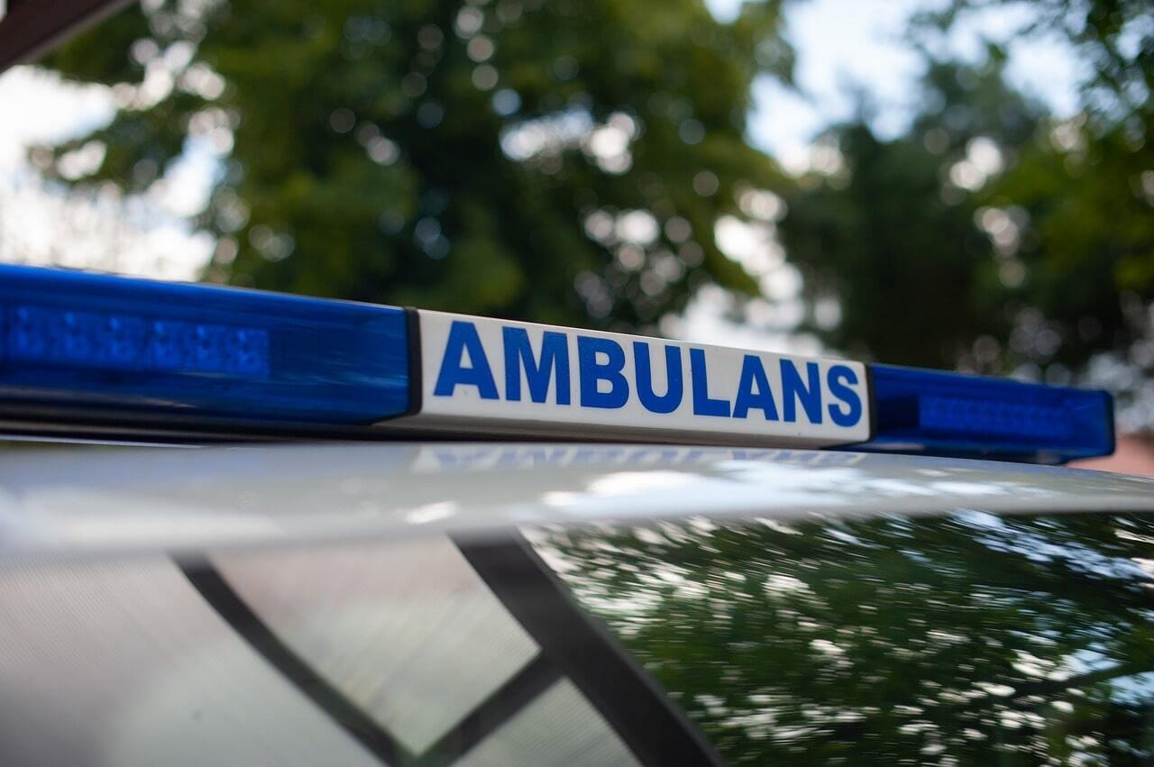 ambulance 43156431280